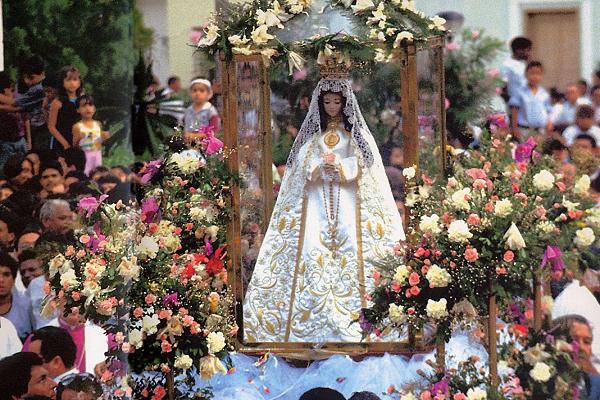¿Cuando apareció la Virgen?