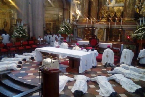 Elementos del orden sacerdotal